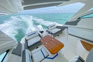 Tiara Yachts 34 - Seating