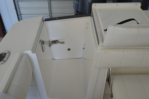 is a Regulator 34FS Yacht For Sale in Wrightsville Beach--43
