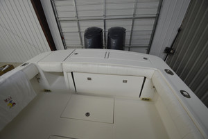 is a Regulator 34FS Yacht For Sale in Wrightsville Beach--9