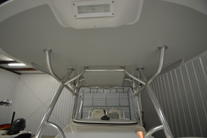 is a Regulator 34FS Yacht For Sale in Wrightsville Beach--14