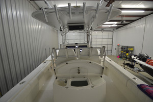 is a Regulator 34FS Yacht For Sale in Wrightsville Beach--6