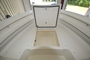 is a Regulator 34FS Yacht For Sale in Wrightsville Beach--26