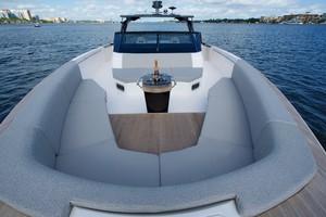 Ocean 55 - Seating