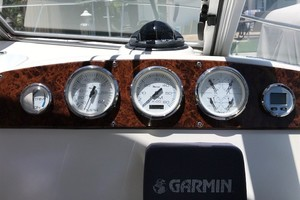 Pursuit 28 - Wired Up - Helm Electronics
