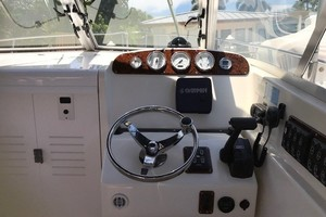 Pursuit 28 - Wired Up - Helm Station