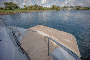 Lazzara 106 - Passion - Swim Platform
