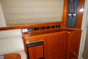 Riviera 42 - No Worries Mate II - Salon