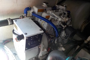 Tiara Yachts 41 - Salt Shaker - Generator