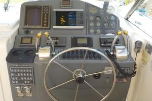 Tiara Yachts 41 - Salt Shaker - Helm Station