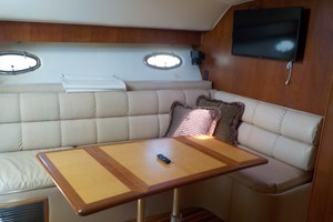 Tiara Yachts 41 - Salt Shaker - Dinette and Seating