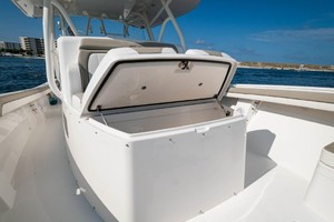 DIS IS IT is a Regulator 41 Yacht For Sale in Destin-2018 41 Regulator   Console-16