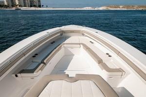 DIS IS IT is a Regulator 41 Yacht For Sale in Destin-2018 41 Regulator   Bow (4)-11
