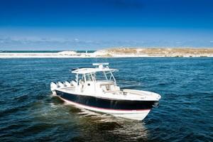 DIS IS IT is a Regulator 41 Yacht For Sale in Destin-2018 41 Regulator   Bow (2)-21