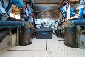 Rybovich 45 - Cygnet - engine room