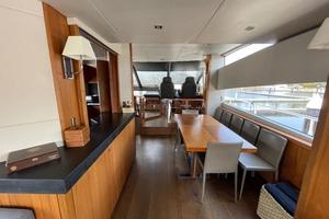 Trainera is a Sunseeker Manhatten 73 Yacht For Sale in Ixtapa--7