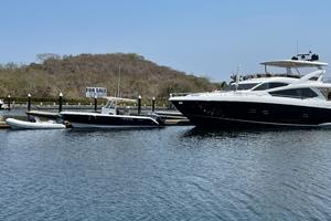 Trainera is a Sunseeker Manhatten 73 Yacht For Sale in Ixtapa--1