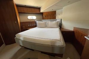 Trainera is a Sunseeker Manhatten 73 Yacht For Sale in Ixtapa--18