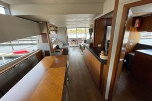 Trainera is a Sunseeker Manhatten 73 Yacht For Sale in Ixtapa--28