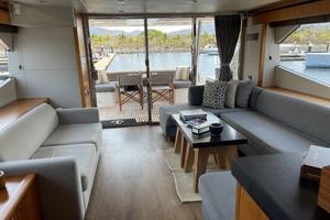 Trainera is a Sunseeker Manhatten 73 Yacht For Sale in Ixtapa--30