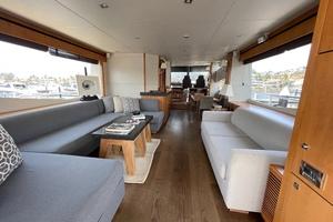 Trainera is a Sunseeker Manhatten 73 Yacht For Sale in Ixtapa--3