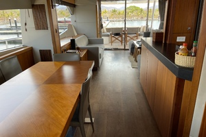Trainera is a Sunseeker Manhatten 73 Yacht For Sale in Ixtapa--27