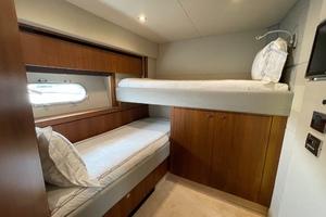 Trainera is a Sunseeker Manhatten 73 Yacht For Sale in Ixtapa--21