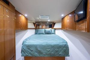 Viking 56 - 4 Aces - forward stateroom
