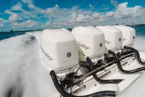 SeaVee 39 - Mercury Engines