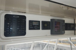 Ocean 56 - Seafood Searcher - Electronics