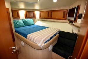 Cajun Queen is a Cabo 48 Convertible Yacht For Sale in Cabo San Lucas -2004 Cabo 48 Convertible - Guest Stateroom-12