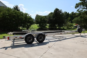 SeaVee 27 - trailer