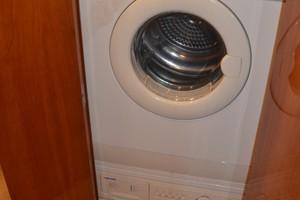 Bertram 51 Reel Friends-laundry