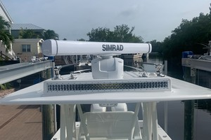 2020 32' SeaVee Simrad Radar