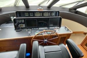 Pacific Mariner 65 - Summer Wind - Flybridge helm