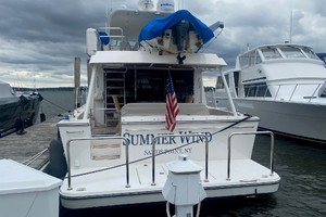 Pacific Mariner 65 - Summer Wind - Stern Profile