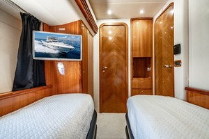 Azimut 68 - Forever - Guest Stateroom