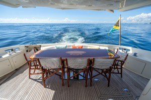 Azimut 68 - Forever - Aft Seating