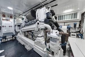 Viking 68 - Whirlwind - Engine Room