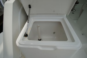 Dolphin IV is a Albemarle 360 Express Yacht For Sale in Orange Beach-Livewell-26