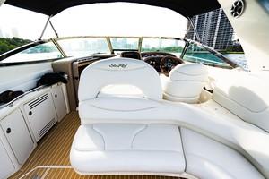 Sea Ray 40 - X Days - Cockpit