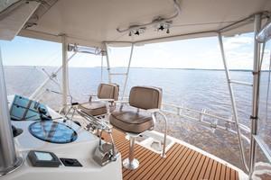 Ocean Yachts 40 - Top Shot - Tower
