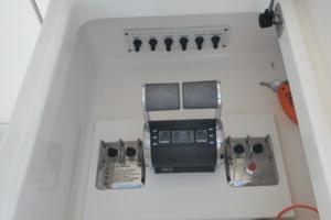 40 Cabo - Manana - Cockpit Controls