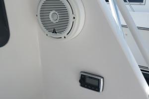 40 Cabo - Manana - Cockpit Speaker