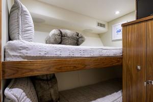 Viking 68 WAE FUN - Guest Stateroom