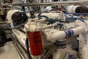 Broward 102 - Andiamo - Engine Room
