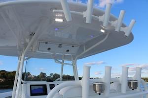 DARLIN is a Regulator 34SS Yacht For Sale in Rumson--11
