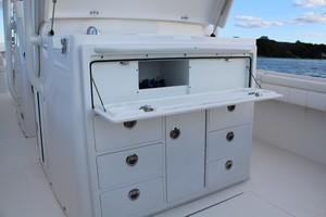 DARLIN is a Regulator 34SS Yacht For Sale in Rumson--17