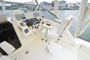 Albe Chillin is a Albemarle Express Fisherman Yacht For Sale in Virginia Beach-2001 Albemarle 280 - Albe Chillin-25