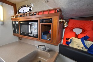 Albe Chillin is a Albemarle Express Fisherman Yacht For Sale in Virginia Beach-2001 Albemarle 280 - Albe Chillin-49