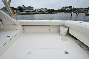 Albe Chillin is a Albemarle Express Fisherman Yacht For Sale in Virginia Beach-2001 Albemarle 280 - Albe Chillin-8